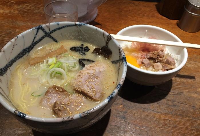 【風来居】ここはもう一度来たくなる!!渋谷の絶品塩とんこつラーメン!!