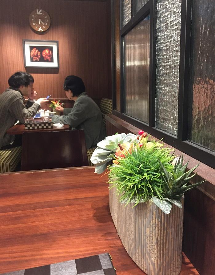 CAFE FLYING SCOTSMAN 店内