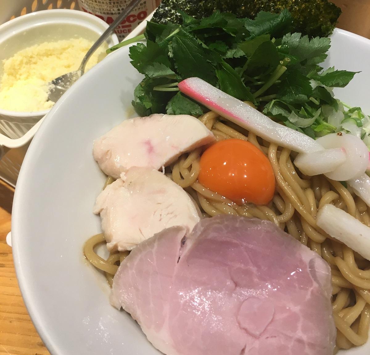 銀座【ギンザヌードル むぎとオリーブ】ミシュラン認定ラーメン店
