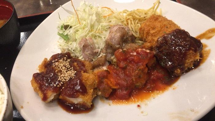 Wチキン&カニクリームコロッケ定食