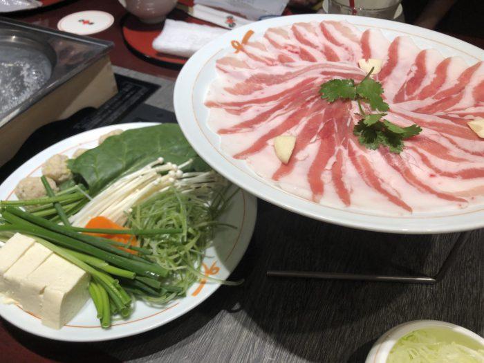 銀座・日比谷【遊食豚彩いちにぃさん】お祝いに最適!最高級の黒豚をここで