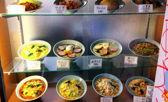 鶯谷【大弘軒】駅前のザ・町中華!老舗で食べる定番の焼肉定食
